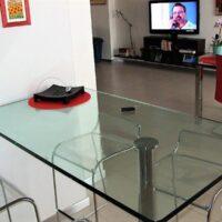 Tavolo in cristallo 2
